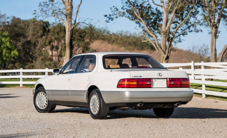 1990 Lexus LS400 - Slide 4
