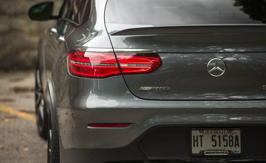 2017 Mercedes-AMG GLC43 Coupe - Slide 17