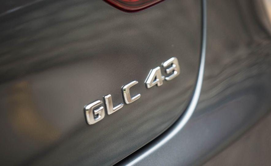 2017 Mercedes-AMG GLC43 Coupe - Slide 19