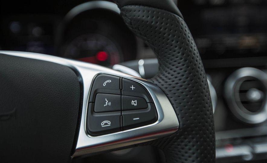 2017 Mercedes-AMG GLC43 Coupe - Slide 25