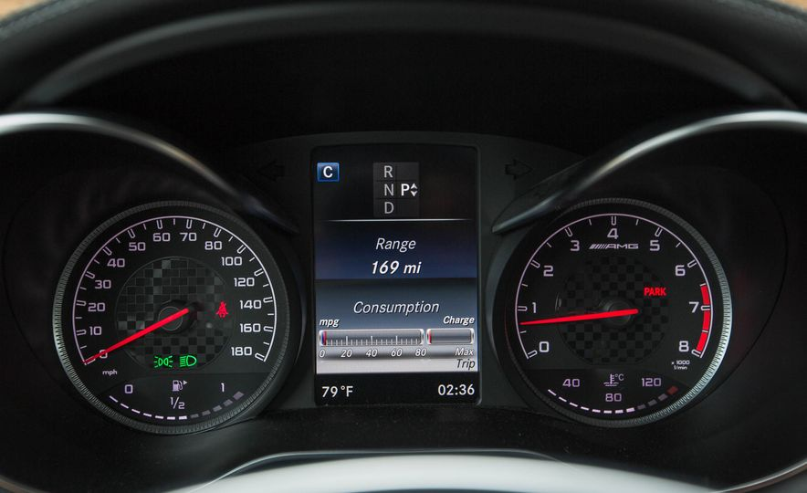 2017 Mercedes-AMG GLC43 Coupe - Slide 30