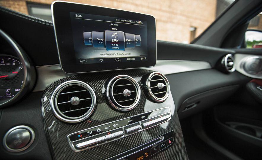 2017 Mercedes-AMG GLC43 Coupe - Slide 31