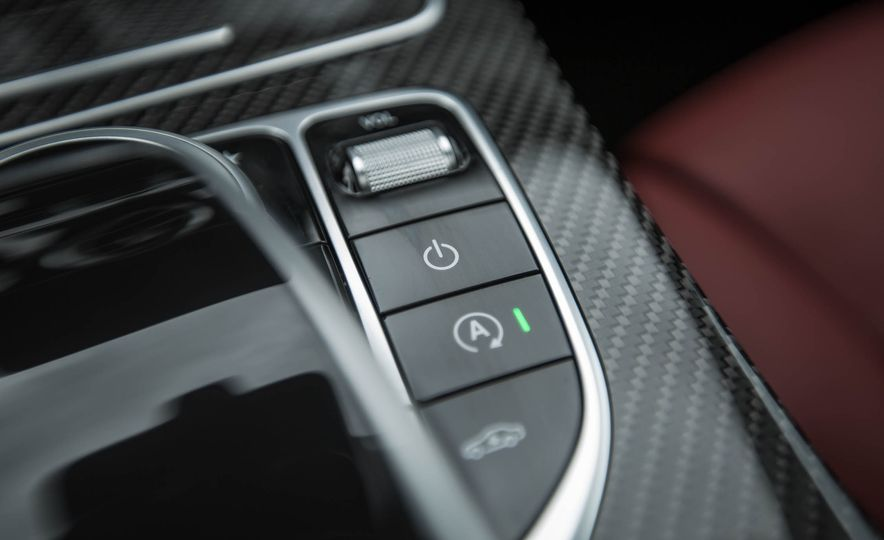 2017 Mercedes-AMG GLC43 Coupe - Slide 39