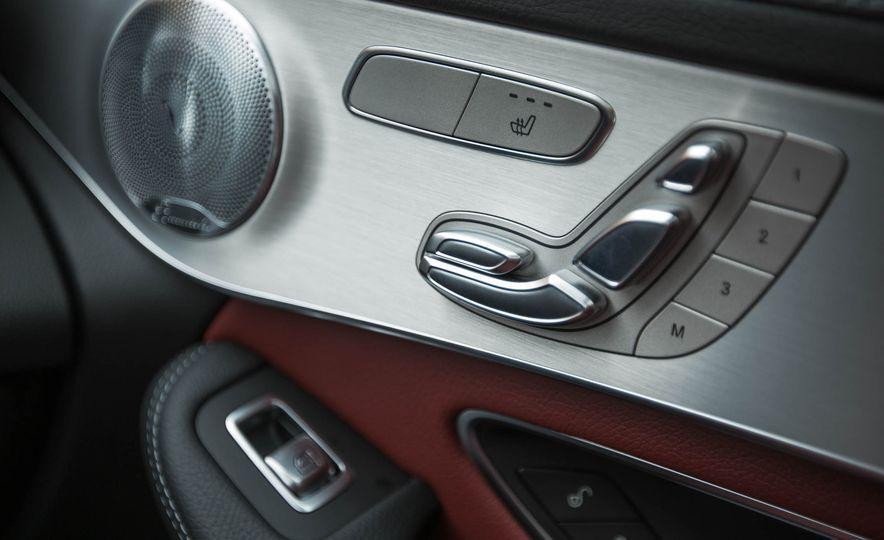 2017 Mercedes-AMG GLC43 Coupe - Slide 41