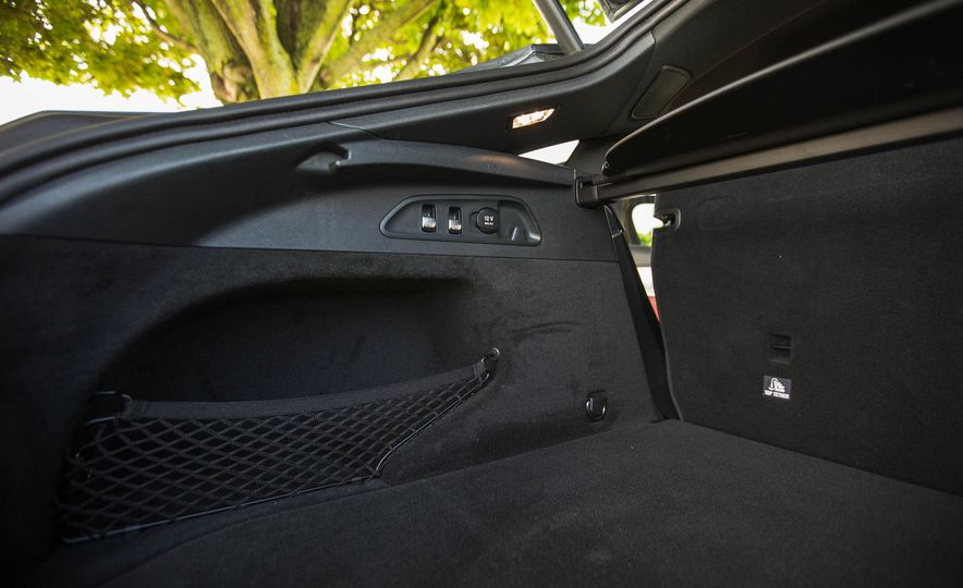 2017 Mercedes-AMG GLC43 Coupe - Slide 51