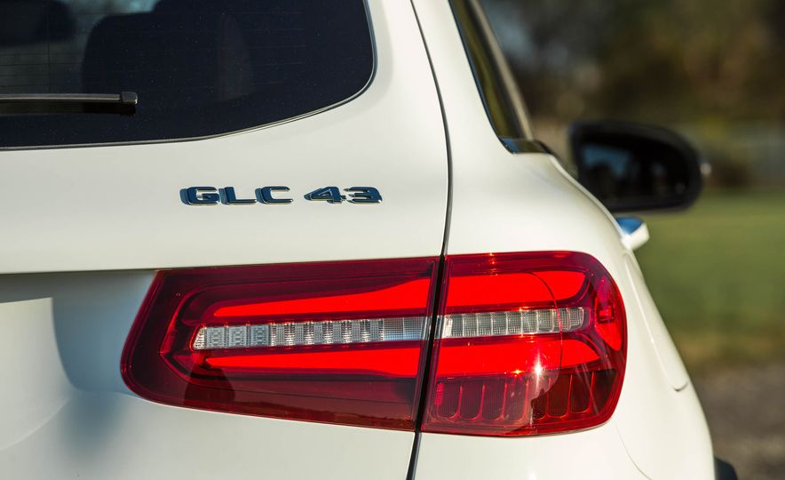 2017 Mercedes-AMG GLC43 Coupe - Slide 75
