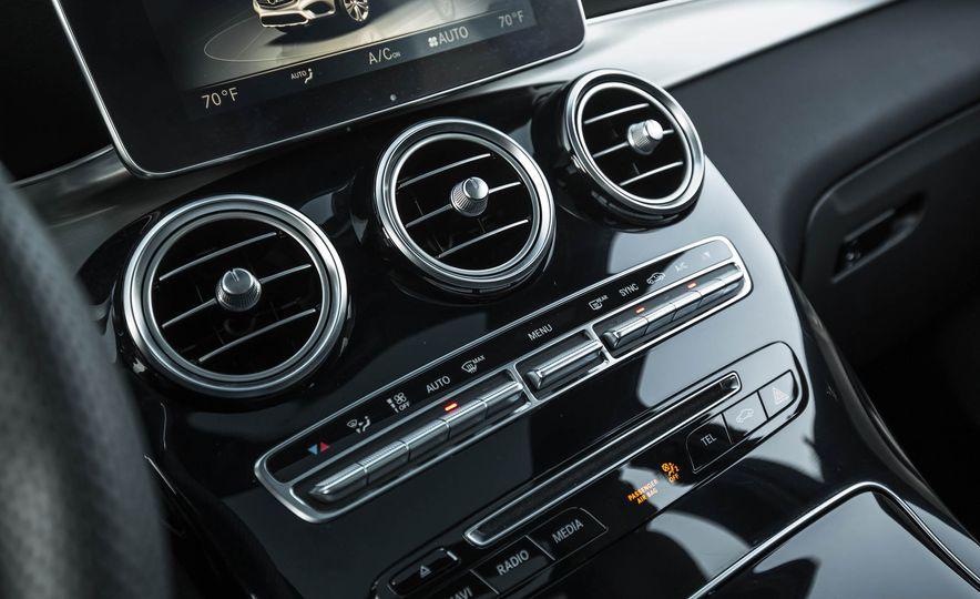 2017 Mercedes-AMG GLC43 Coupe - Slide 93
