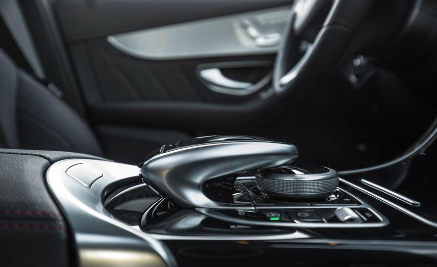 2017 Mercedes-AMG GLC43 Coupe - Slide 96