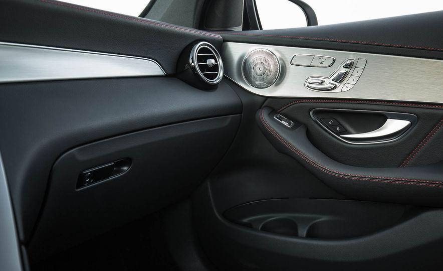 2017 Mercedes-AMG GLC43 Coupe - Slide 98