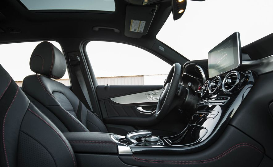 2017 Mercedes-AMG GLC43 Coupe - Slide 102