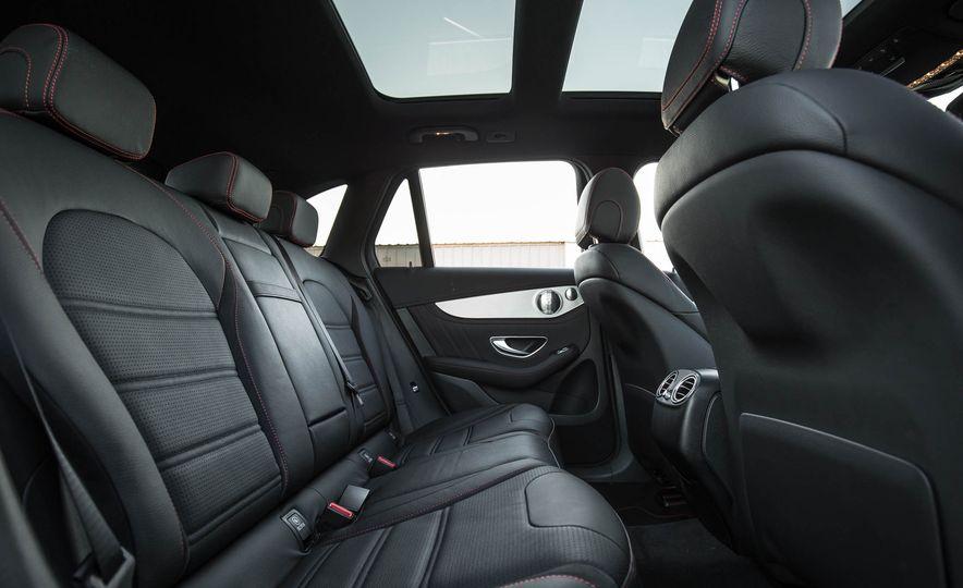 2017 Mercedes-AMG GLC43 Coupe - Slide 106