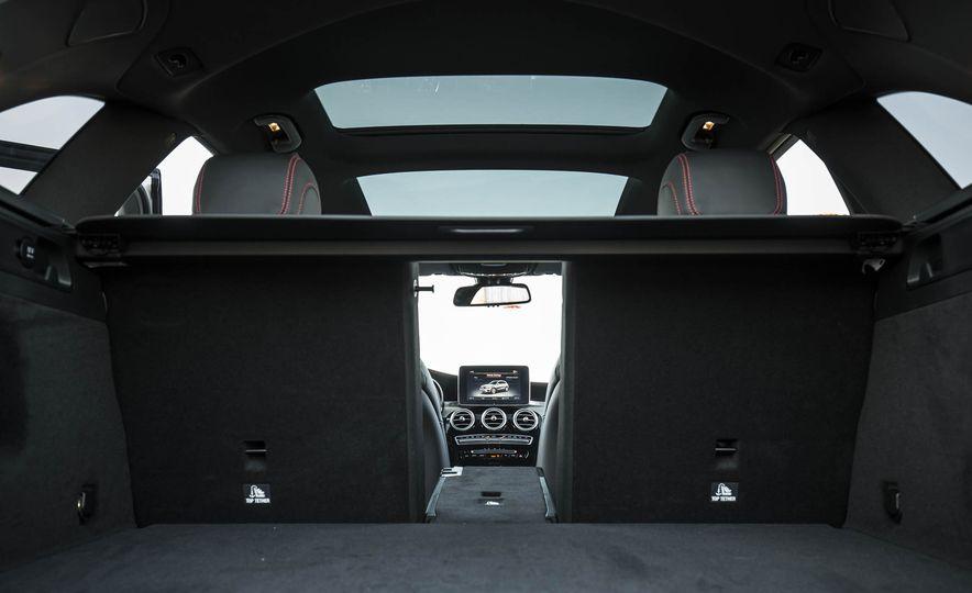 2017 Mercedes-AMG GLC43 Coupe - Slide 118