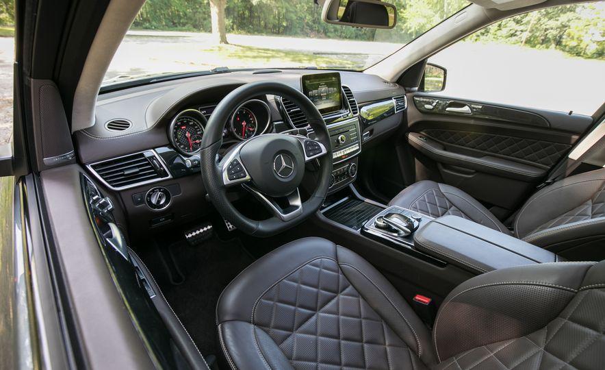 2017 Mercedes-AMG GLE43 - Slide 36