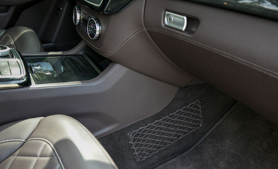 2017 Mercedes-AMG GLE43 - Slide 76