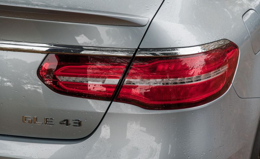 2017 Mercedes-AMG GLE43 - Slide 122