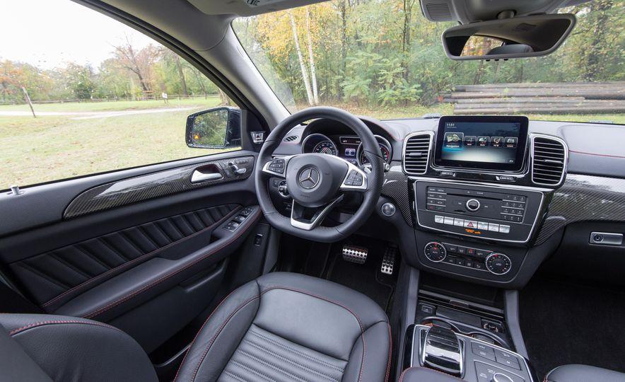2017 Mercedes-AMG GLE43 - Slide 125