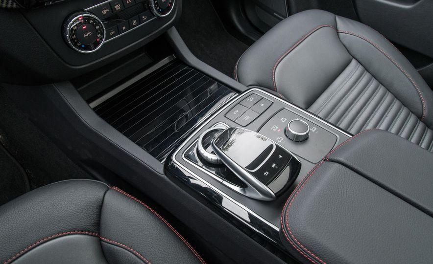 2017 Mercedes-AMG GLE43 - Slide 166