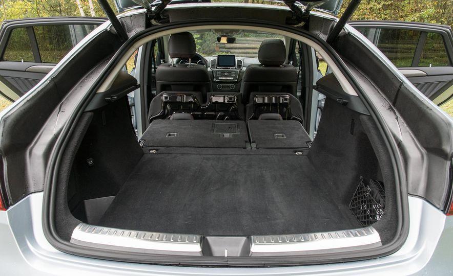 2017 Mercedes-AMG GLE43 - Slide 187