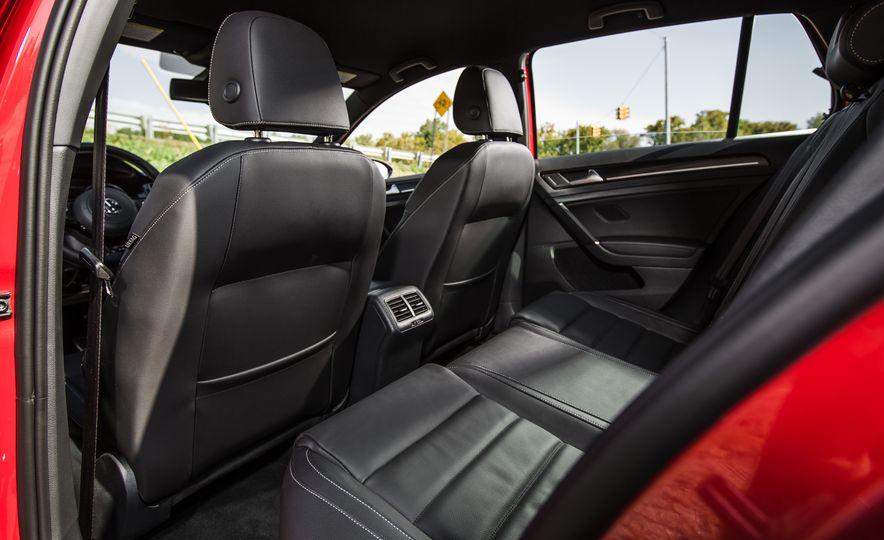 2017 Volkswagen Golf R - Slide 67