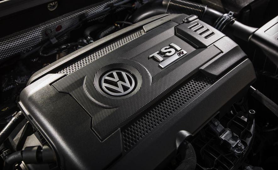 2017 Volkswagen Golf R - Slide 80