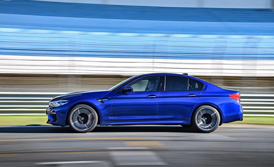 2018 BMW M5 - Slide 10