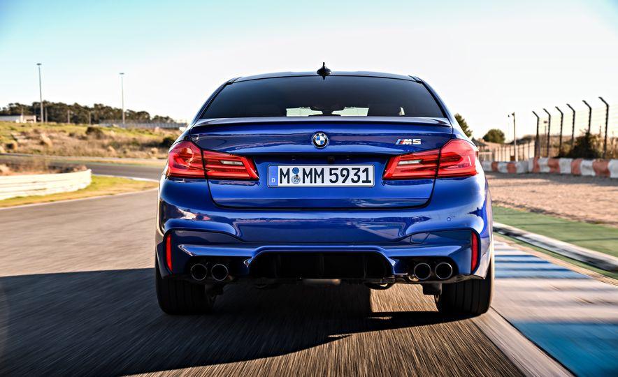 2018 BMW M5 - Slide 14