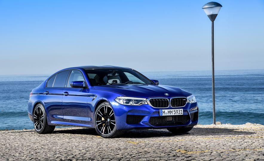 2018 BMW M5 - Slide 16