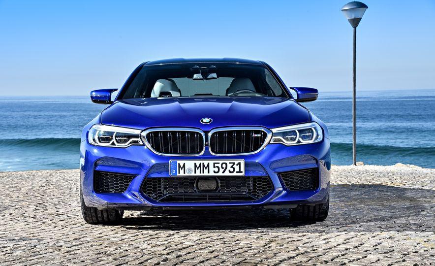 2018 BMW M5 - Slide 18