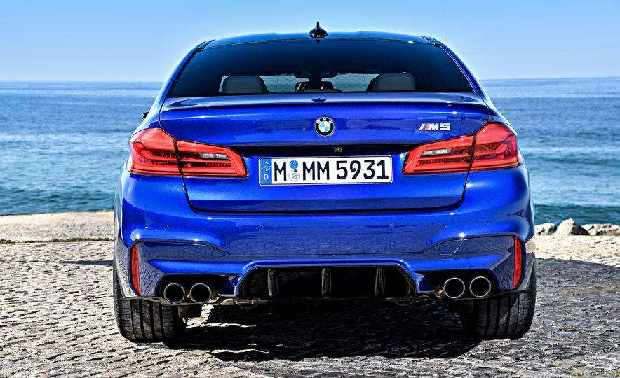 2018 BMW M5 - Slide 22