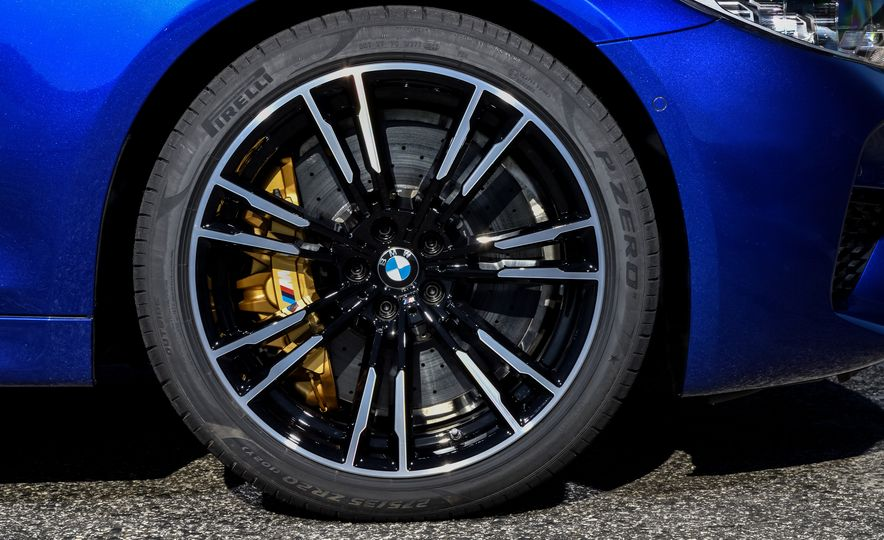 2018 BMW M5 - Slide 31