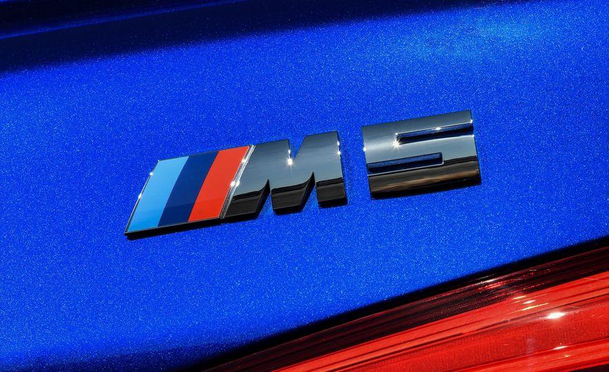 2018 BMW M5 - Slide 34