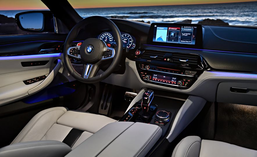 2018 BMW M5 - Slide 37