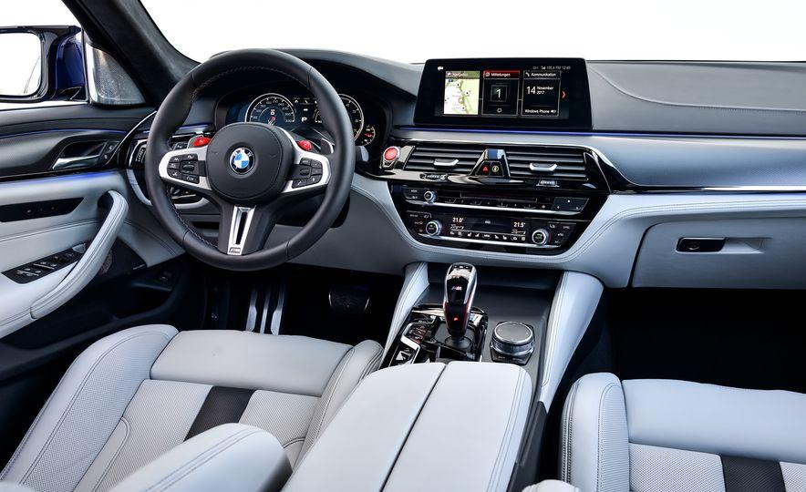 2018 BMW M5 - Slide 39