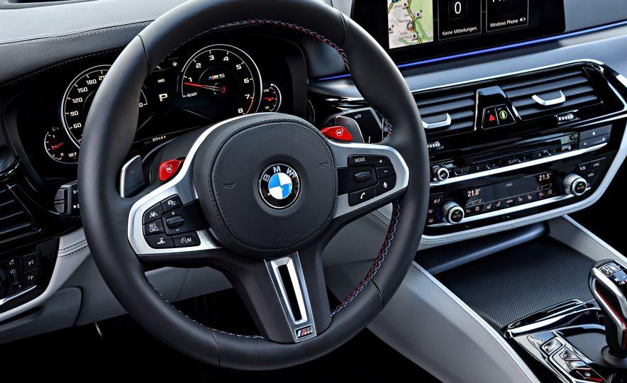 2018 BMW M5 - Slide 42