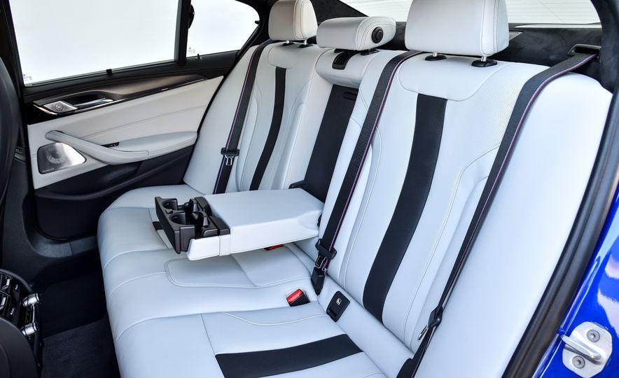 2018 BMW M5 - Slide 54