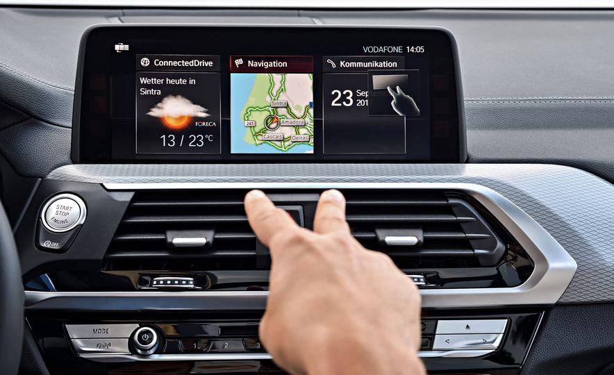 2018 BMW X3 30i xDrive - Slide 102