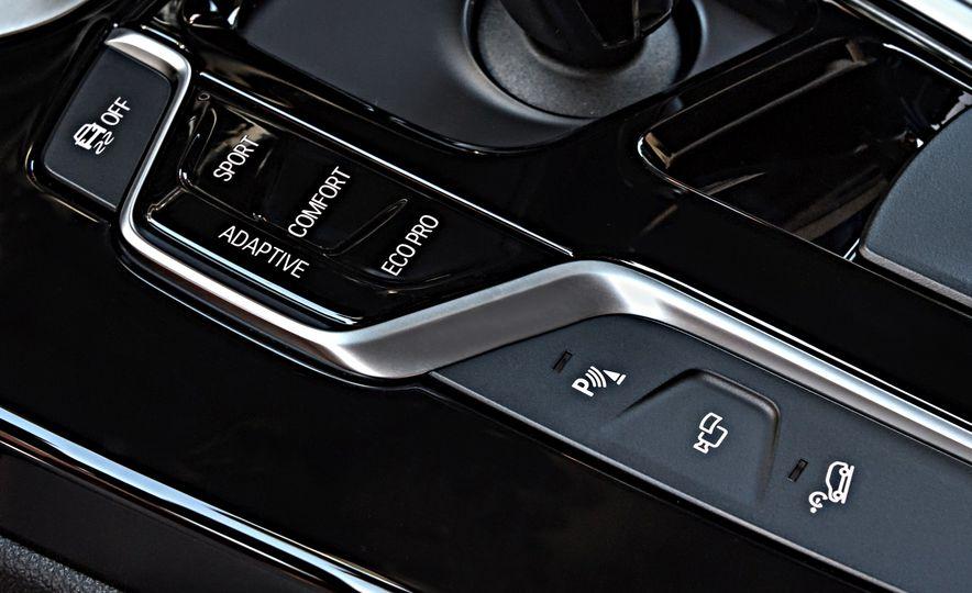 2018 BMW X3 30i xDrive - Slide 104