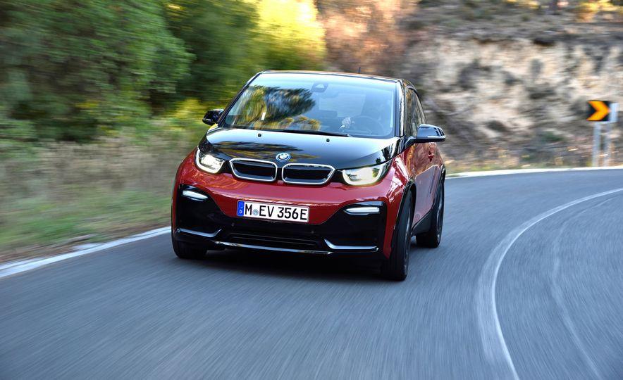 2018 BMW i3s - Slide 7