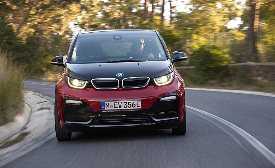 2018 BMW i3s - Slide 17