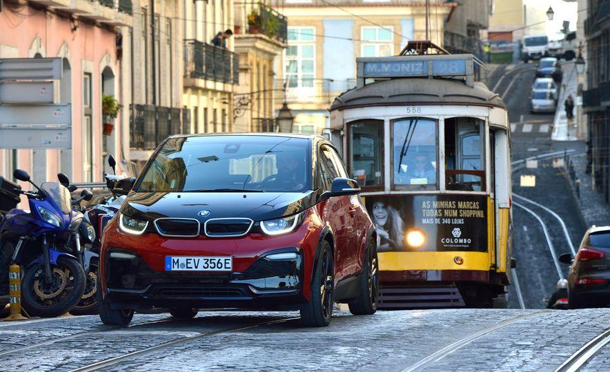 2018 BMW i3s - Slide 20