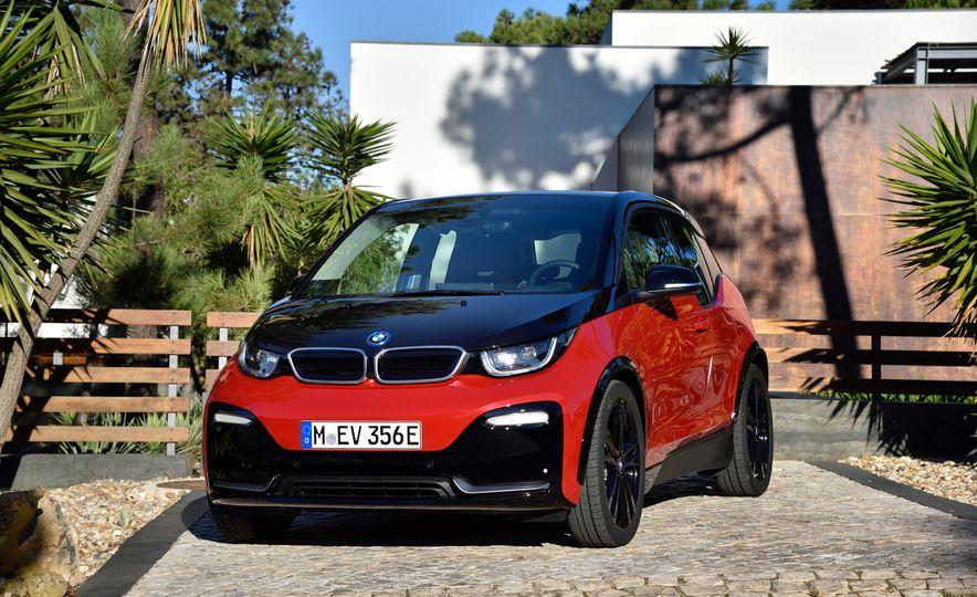 2018 BMW i3s - Slide 35