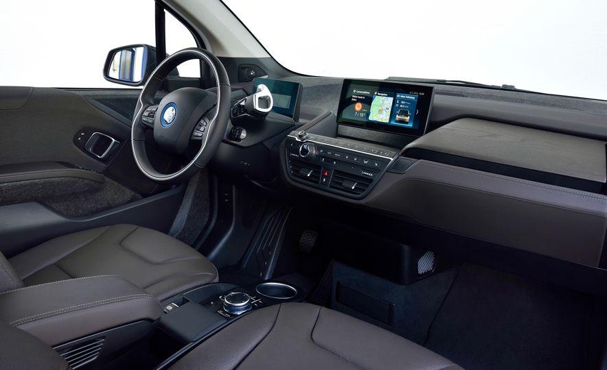 2018 BMW i3s - Slide 48