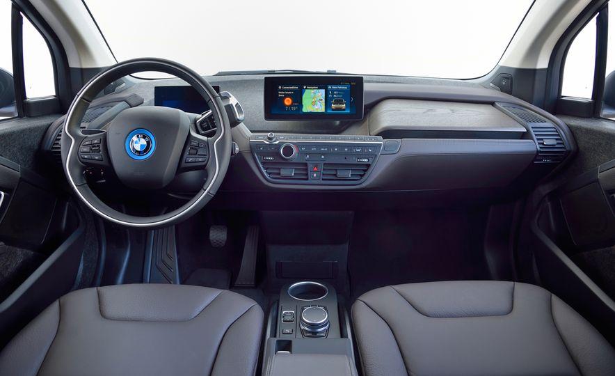 2018 BMW i3s - Slide 49