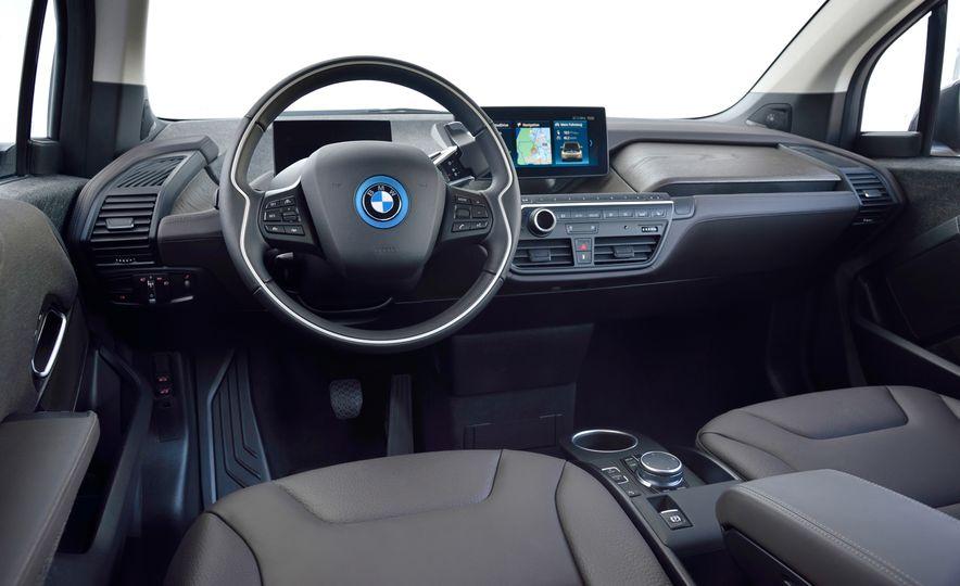 2018 BMW i3s - Slide 50