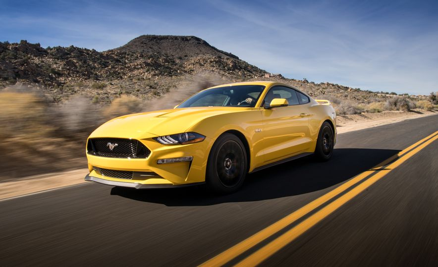 2018 Ford Mustang GT coupe - Slide 4