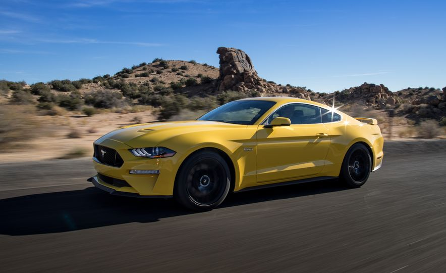 2018 Ford Mustang GT coupe - Slide 5