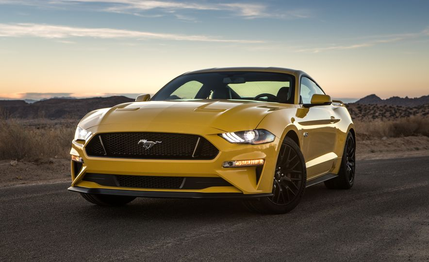 2018 Ford Mustang GT coupe - Slide 8