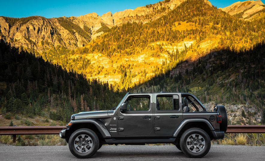2018 Jeep Wrangler Sport - Slide 22