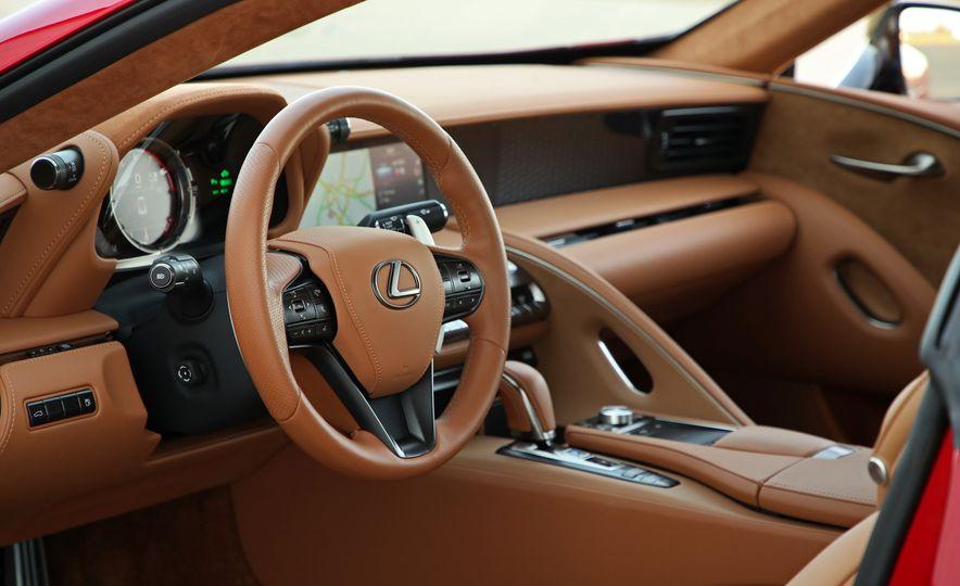 2018 Lexus LC500h - Slide 49