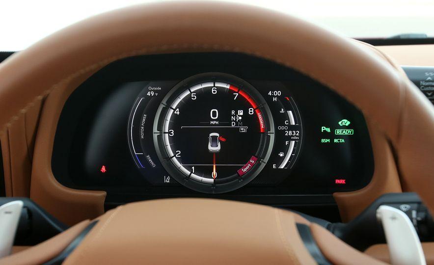 2018 Lexus LC500h - Slide 58